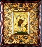 Икона Божьей Матери Андроникова с мощевиком